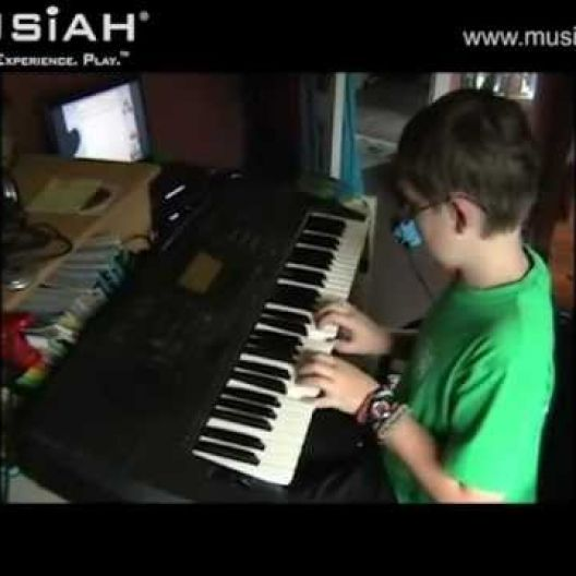 Piano Video: Online Piano Lesson #18 - Playful Fingers